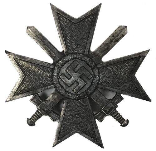 Kriegsverdienstkreuz Erste Klasse War Merit Cross First Class (MM 4 S&L)