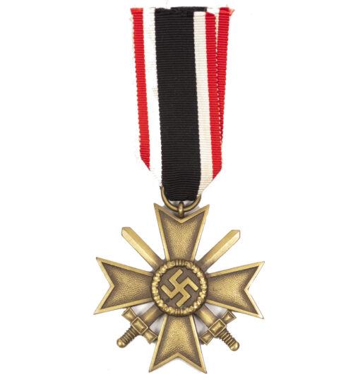 Kriegsverdienstkreuz (KVK) mit Schwerter / War Merit Cross with swords