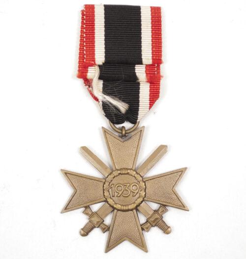 Kriegsverdienstkreuz (KVK) mit Schwerter War Merit Cross with swords