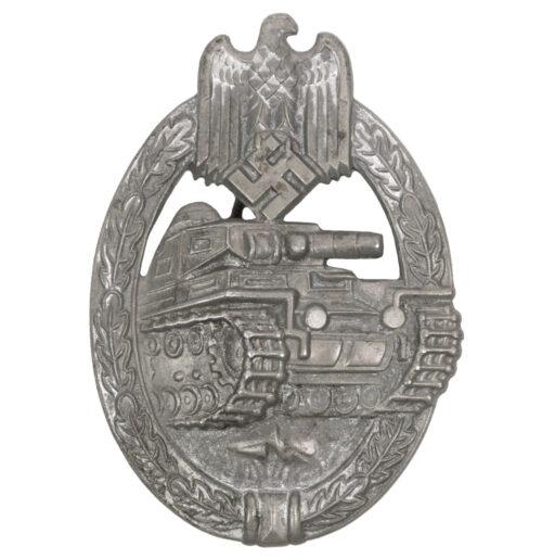 Panzerkampfabzeichen (PKA) Panzerassaultbadge (PAB) maker Frank & Reif