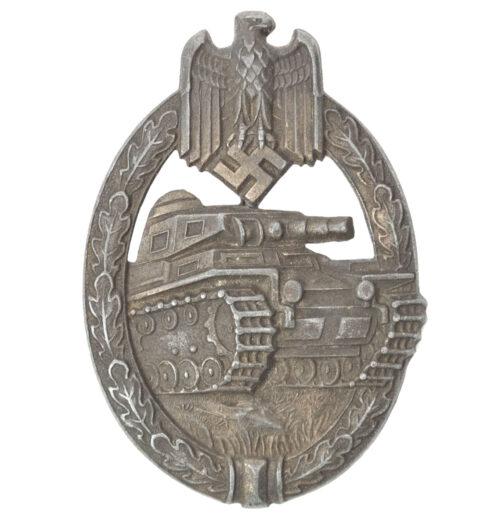 Panzerkampfabzeichen (PKA) Panzerassaultbadge (PAB) maker Hermann Aurich