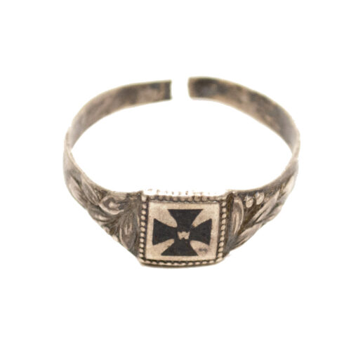 WWI Patriotic Iron Cross ring
