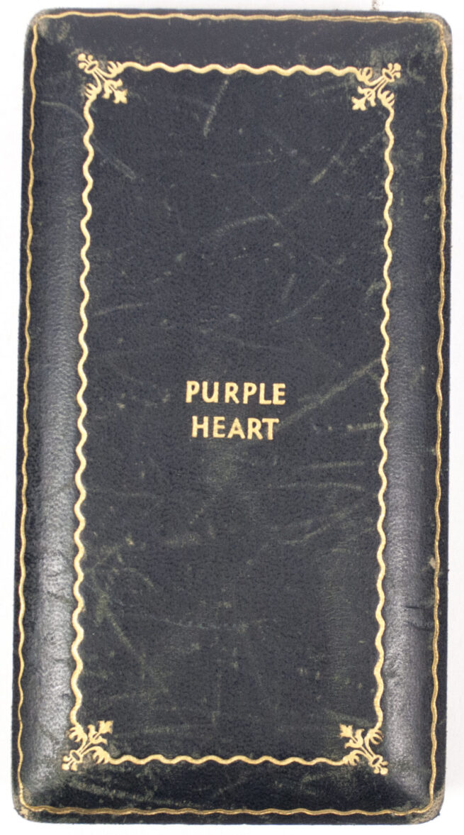 WWII USA Purple Heart medal in coffin case